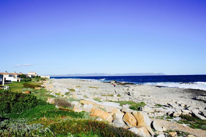 Luxurious Hermanus With an Ocean View
