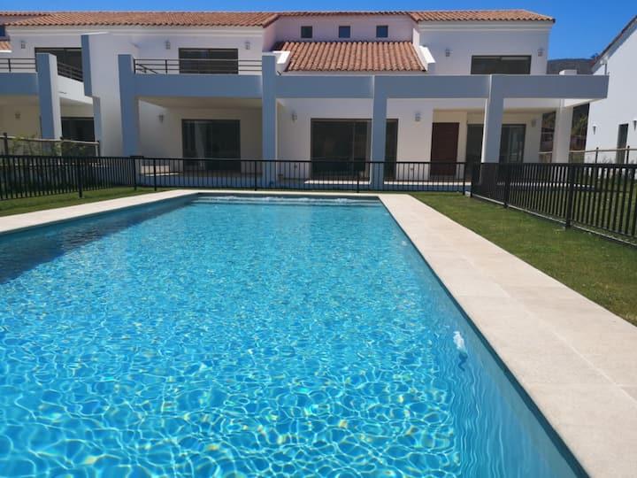 Casa Modelo Gold, capacidad 11 pers., piscina priv