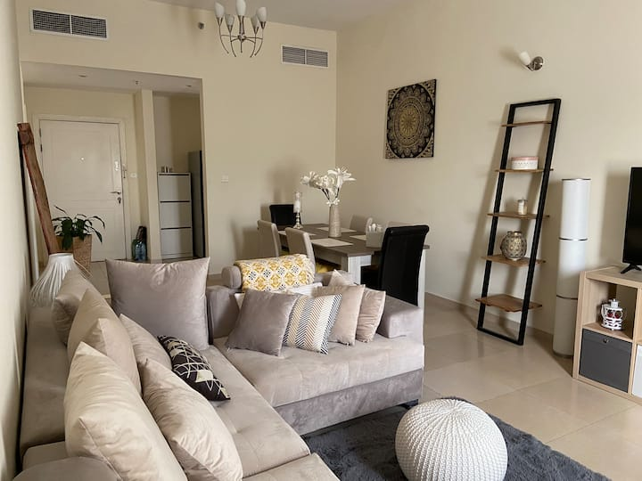 Cosy and clean 1 BR appartment near Mirdif- Dubai
