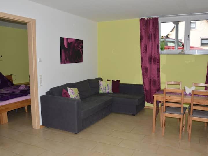 Ferienwohnung am Brunnen, (Rheinhausen), Ferienwohnung 1, 55qm, 2 Schlafzimmer, max. 8 Personen