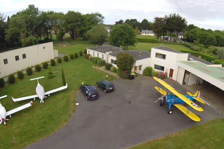 Appartement dans un Airpark - Monterblanc - Apartment