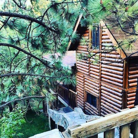 Cabaña totalmente equipada dentro de Monterreal