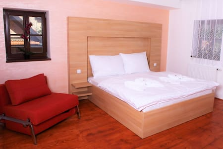 Stylish double suite with the river view - Rožmberk nad Vltavou