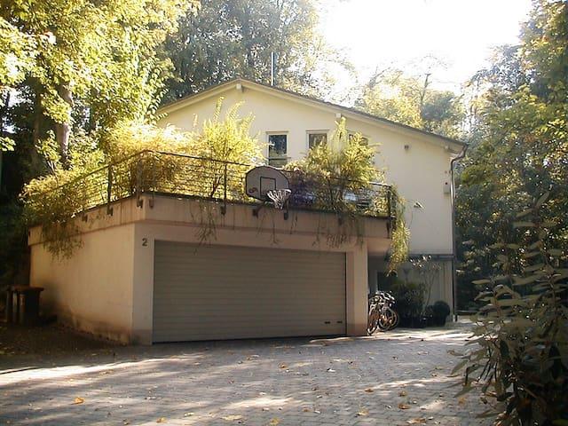 Schöne Wohnung in idyllischer Lage am Waldrand