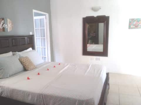 Sunwings Grenadines -1bdr, with sea view apartment