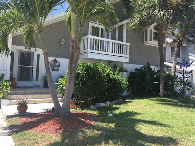 4Bd/4Bth Paradise in Cape Canaveral - Cape Canaveral - Huis