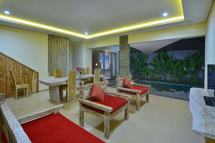 2 BR vila with big living/dining and private pool
