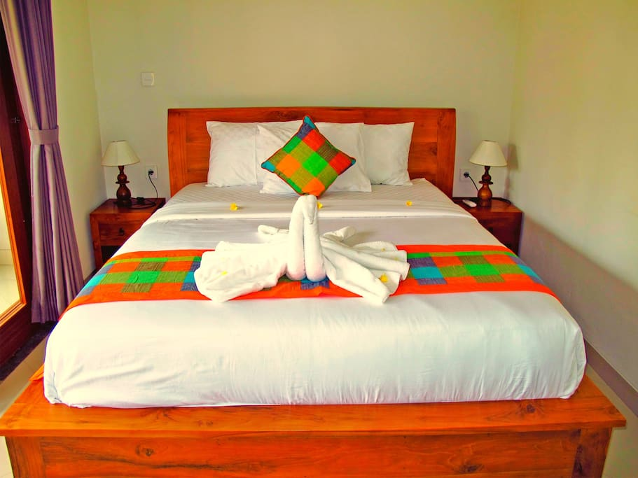 Luxurious DOUBLE bed on the first floor room