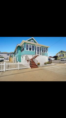 Classic LBI Home- Walking Distance to Everything