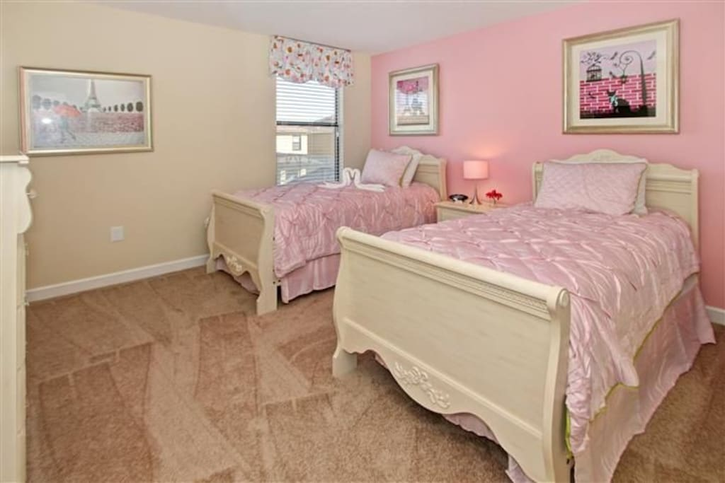 Sweet Home Vacation Rental Homes: 8 Bedrooms Pool Villa Champions Gate #6 (Kids' Room)
