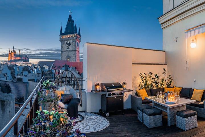 Golden Prague BBQ Terrace | Castle V!EW | Old Town