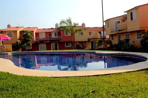 Luksusfamiliehjem i Ixtapa - Zihuatanejo