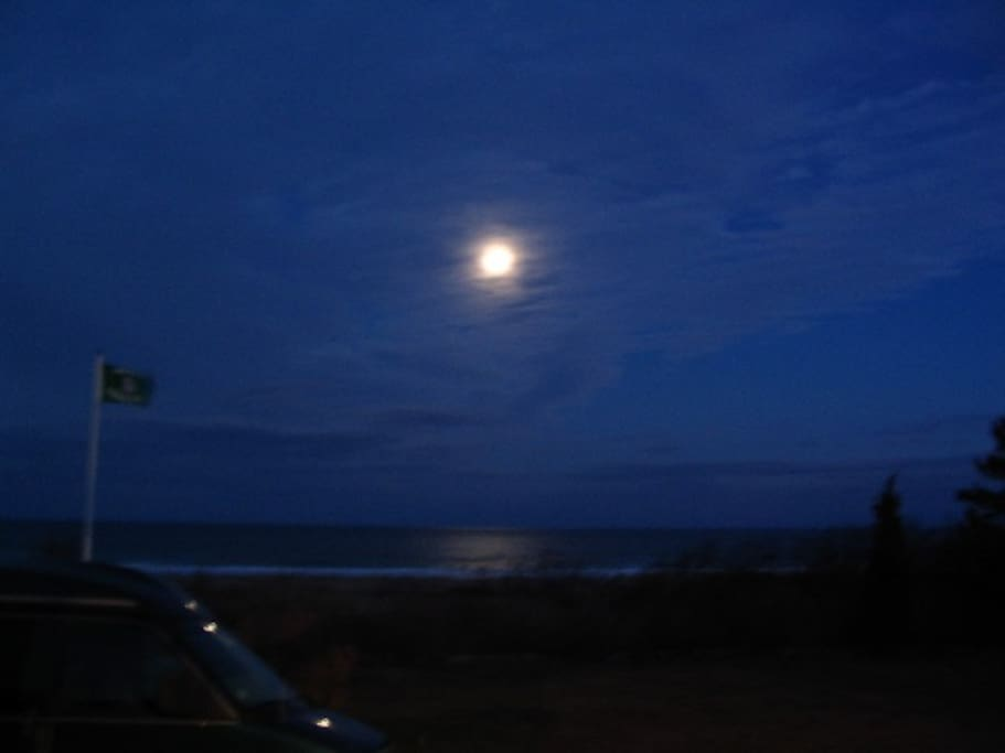 Enjoy a beverage and watch the moon rise over the ocean from the porch.