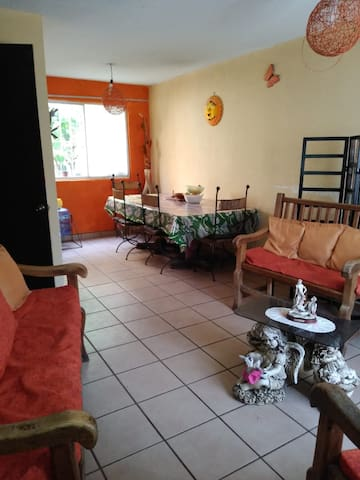 Casa cerca aeropuerto,  20min del centro Morelia