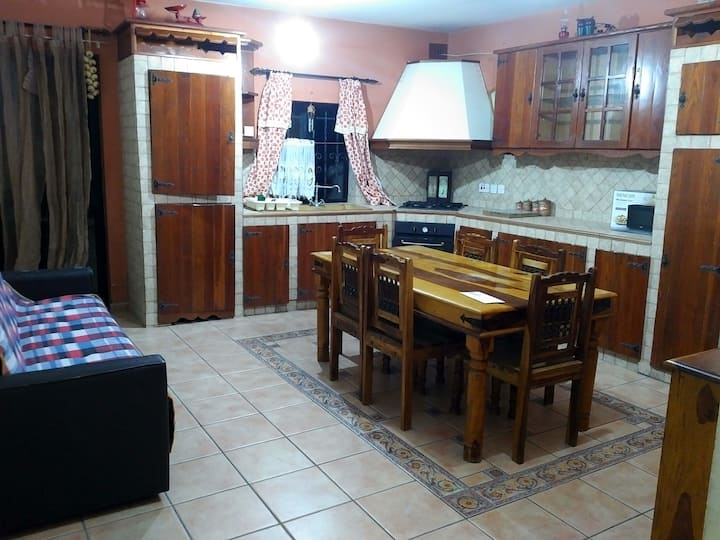 Pleasant Private room in the heart of paola