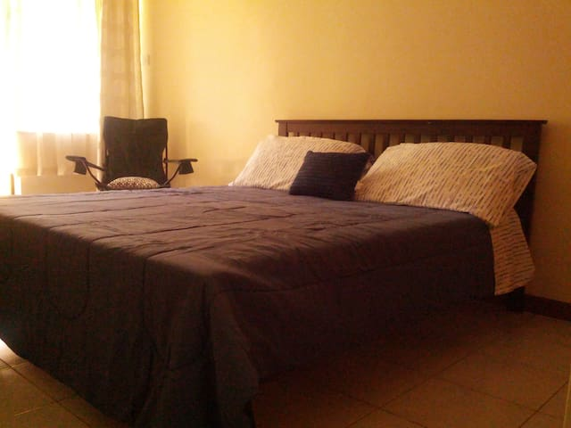 Cosy Studio Apartment - Nairobi - Pension