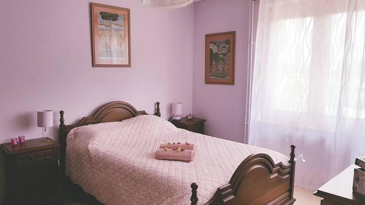 Chambre au calme dans 1  eco-hameau + petit-déj.