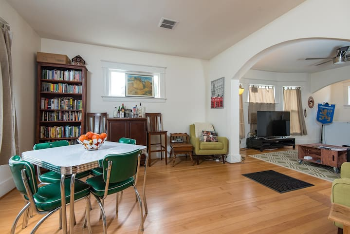 Spacious Home near Walkable Williams: 2 King Beds - Portland - House