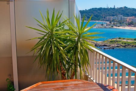 Dernier étage - terrasse vue mer - Antibes