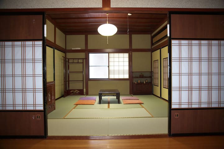 A quiet Temple Street House 麗~Rai - Komatsu-shi - Talo