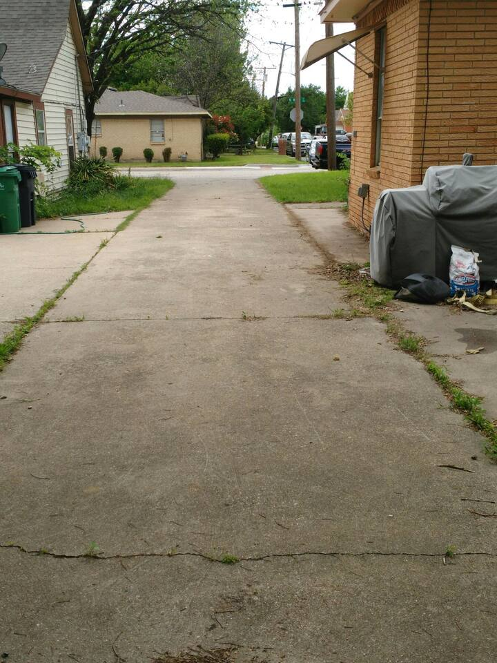 Centralized parking pad for RV/trailer/camper