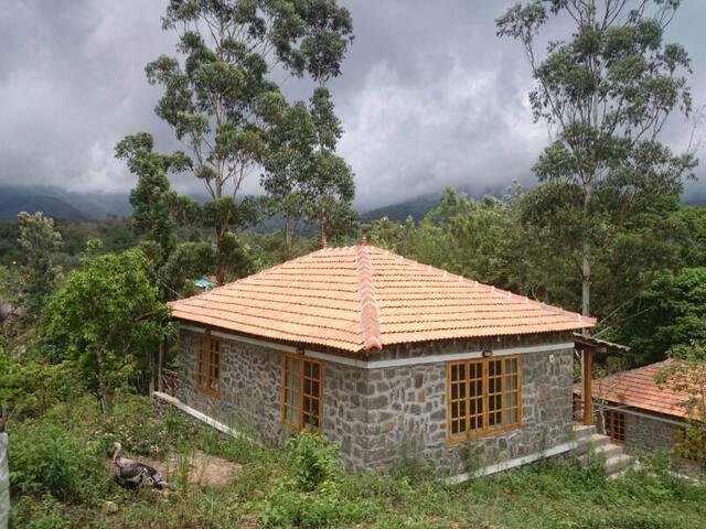 Zac's valley resort,fully furnished - Kodaikanal - Villa