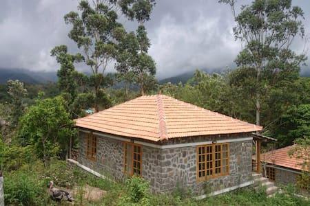 Zac's valley resort,fully furnished - Kodaikanal - Casa de camp