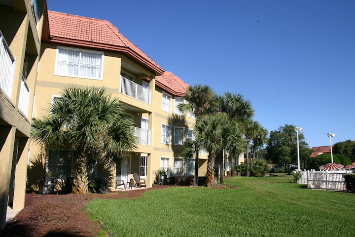 Awesome SeaWorld Location-1Bedrm/1Bath Condo