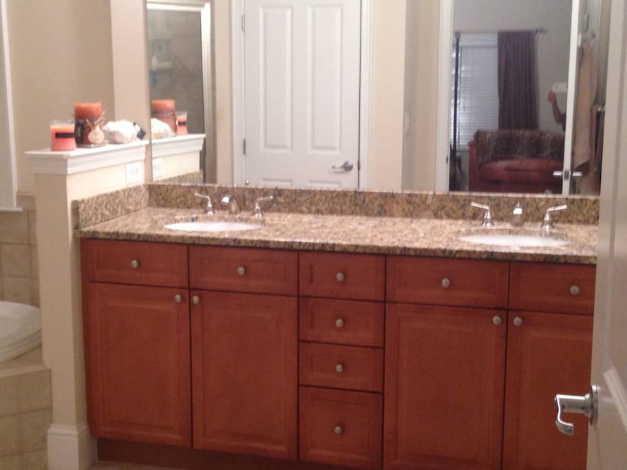 Double sinks with granite counter