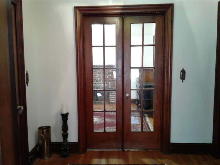 Fantastic Sunny peaceful room in Riverdale