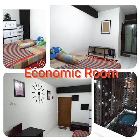 Economic Room