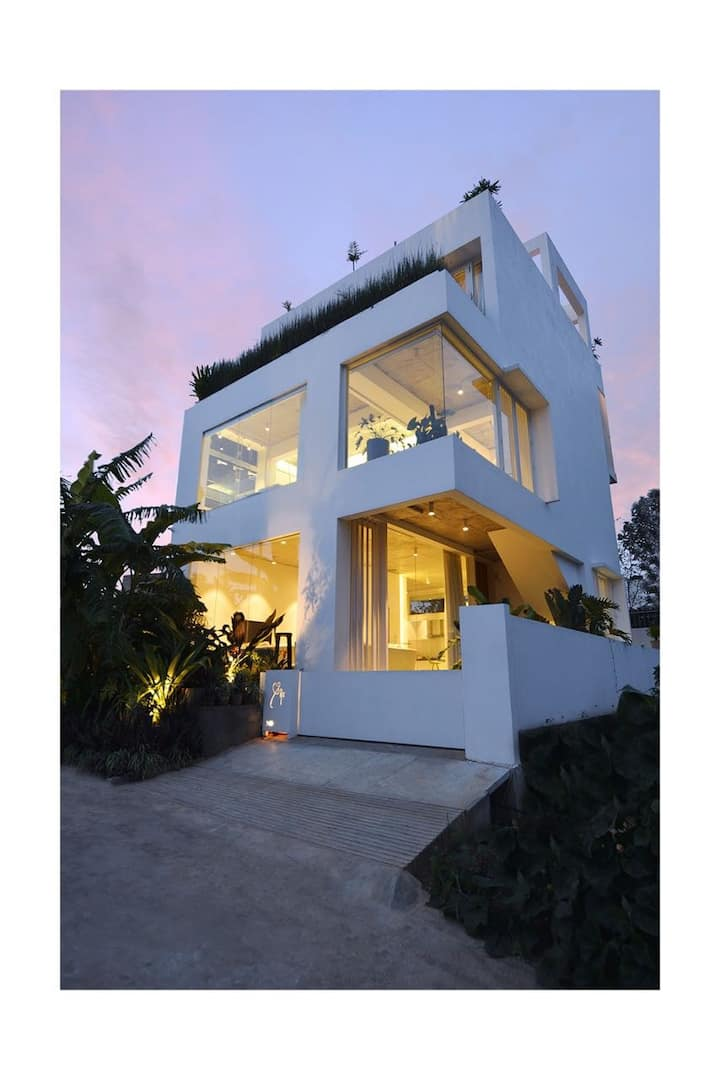 Aakara  Leisure Villa