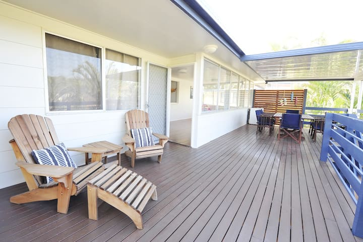 Listen to the surf from your private deck, WOORIM