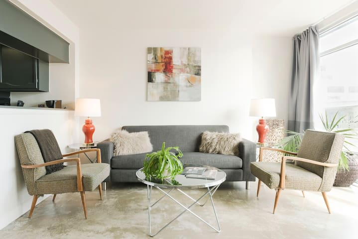 Stay in a Modern Loft Close to Driskill Hotel