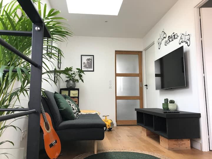 Chambre, sdb, salon à 15 min du centre de Bordeaux