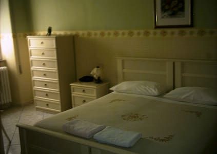 fittasi stanza x2/4 pers. - Ceccano - Bed & Breakfast