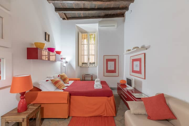 iFlat | Navona Cosy Studio Apartment