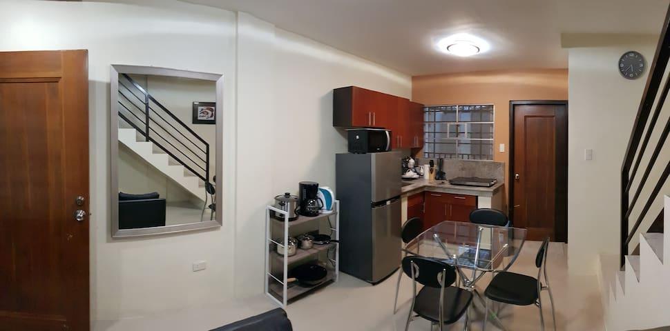 Modern Inspired Apartment Near Clark Airport