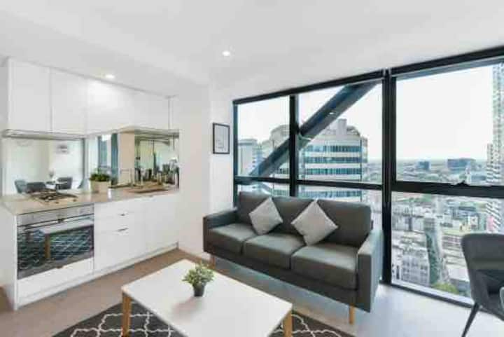 La Trobe St Apartment Spectacular View