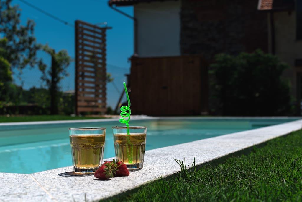 piscina condivisa