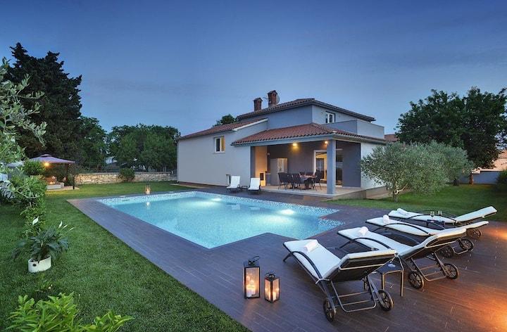 Huis Villa Entini (73857-K1)
