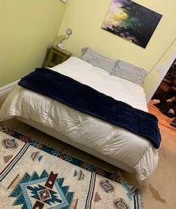 Large room, private full bathroom w/ Queen bed