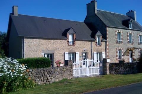GuestHouse close  Ste Mère-Eglise