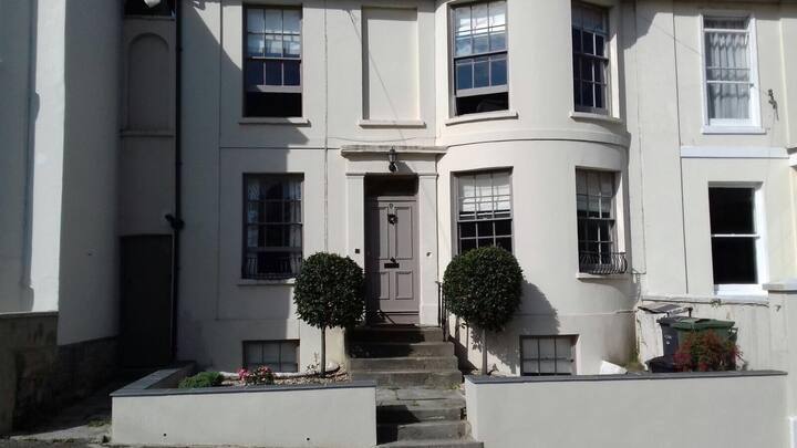 Kensington house flat, Ryde