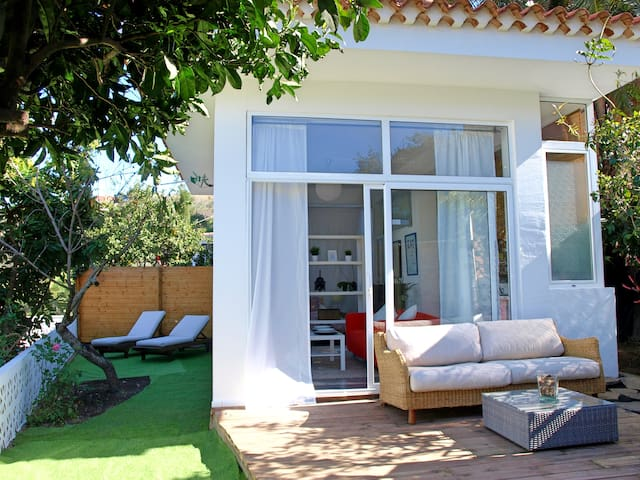 Glass House with terrace surrounded by nature! - Santa Brígida