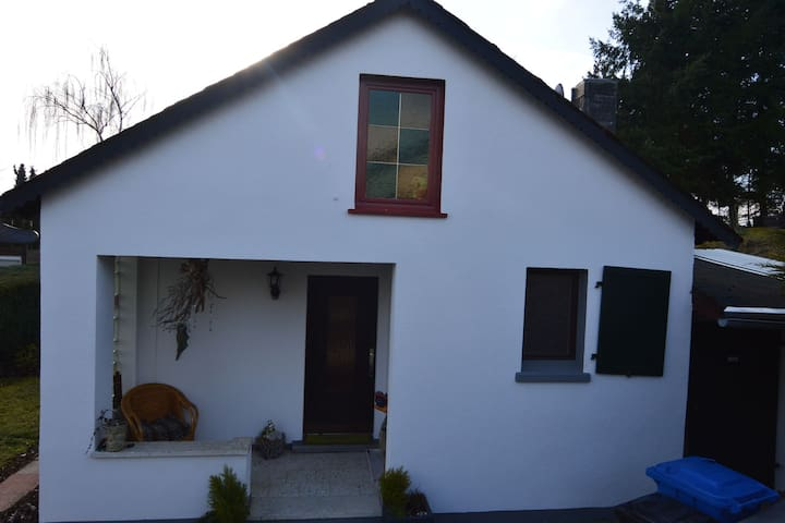 Comfortable Holiday Home in Mastershausen with Garden