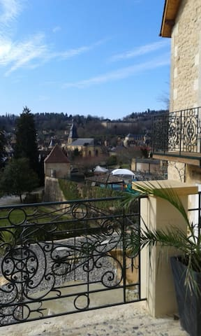 Sarlat center apartment beautiful views + terrace - Sarlat-la-Canéda - Pis