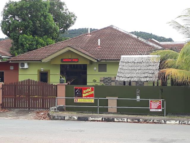 Azrifaz Muslim Homestay