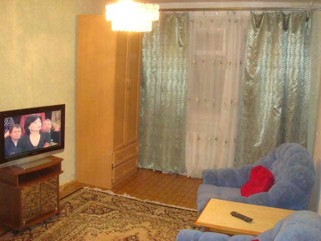 1-ком. квартиры; по 4 сп. места, ТВ,  хол-к, Wi-Fi - Новотроицк - Byt