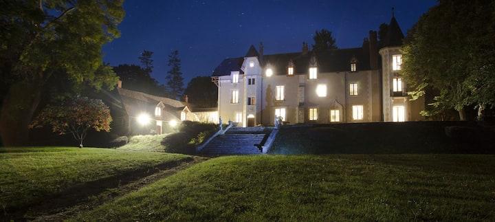 Château au coeur du Parc de Lesseps